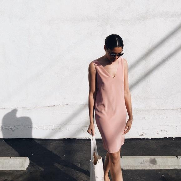 7785b4e23a909a Grana Dresses & Skirts - Grana V-neck Silk Shift Dress Rose Pink
